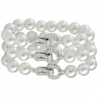 Pearl Bracelet With A Diamond Set Clasp