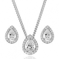 18ct White Gold Pear Shape Diamond Halo Studs And Pendant To Match