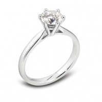 Traditional 18ct White Gold 6 Claw Brilliant Cut Solitaire Ring
